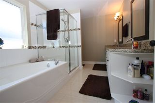 """Photo 13: 7760 211 Street in Langley: Willoughby Heights House for sale in """"Yorkson South"""" : MLS®# R2192704"""