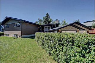 Photo 1: 6203 LEWIS Drive SW in Calgary: Lakeview House for sale : MLS®# C4128668