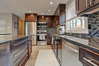 Photo 8: 6203 LEWIS Drive SW in Calgary: Lakeview House for sale : MLS®# C4128668