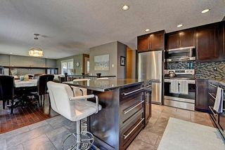 Photo 5: 6203 LEWIS Drive SW in Calgary: Lakeview House for sale : MLS®# C4128668