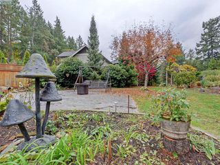 Photo 18: 5450 Alderley Road in VICTORIA: SE Cordova Bay Single Family Detached for sale (Saanich East)  : MLS®# 385009