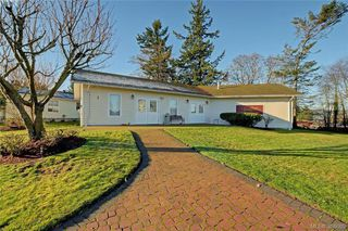 Photo 18: 24 Eagle Lane in VICTORIA: VR Glentana Manufactured Home for sale (View Royal)  : MLS®# 775804