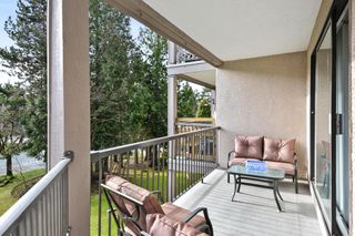 "Photo 15: 208 1740 SOUTHMERE Crescent in Surrey: Sunnyside Park Surrey Condo for sale in ""CAPSTAN WAY"" (South Surrey White Rock)  : MLS®# R2234787"