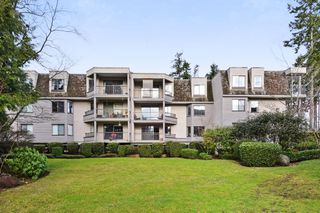 "Photo 18: 208 1740 SOUTHMERE Crescent in Surrey: Sunnyside Park Surrey Condo for sale in ""CAPSTAN WAY"" (South Surrey White Rock)  : MLS®# R2234787"