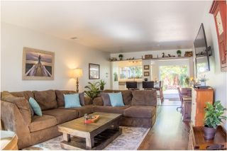 Photo 2: OCEANSIDE Twin-home for sale : 2 bedrooms : 1722 Lemon Heights Drive