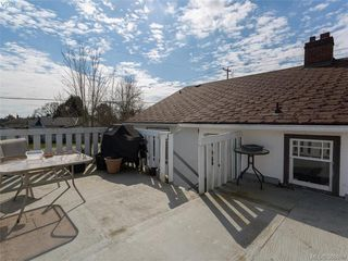 Photo 8: 4101 Glanford Avenue in VICTORIA: SW Glanford Single Family Detached for sale (Saanich West)  : MLS®# 388989