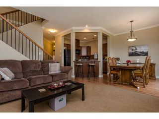 "Photo 3: 9 46808 HUDSON Road in Chilliwack: Promontory Townhouse for sale in ""Cedar Springs"" (Sardis)  : MLS®# R2258017"