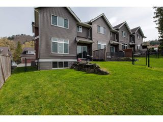 "Photo 19: 9 46808 HUDSON Road in Chilliwack: Promontory Townhouse for sale in ""Cedar Springs"" (Sardis)  : MLS®# R2258017"