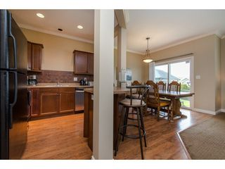 "Photo 5: 9 46808 HUDSON Road in Chilliwack: Promontory Townhouse for sale in ""Cedar Springs"" (Sardis)  : MLS®# R2258017"