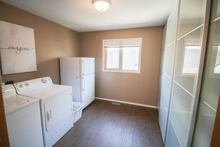 Photo 12: 54 Bloomer Crescent For Sale In Charleswood