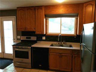 Photo 9: 403 Emerson Avenue in Winnipeg: North Kildonan Residential for sale (3G)  : MLS®# 1814941