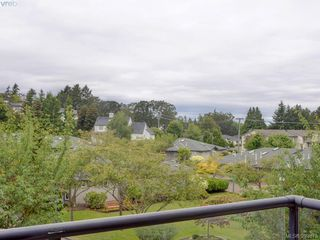 Photo 13: 301 1485 Garnet Road in VICTORIA: SE Cedar Hill Condo Apartment for sale (Saanich East)  : MLS®# 393873