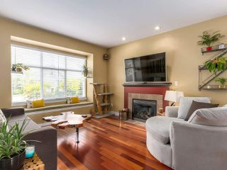 Photo 3: 146 PIER Place in New Westminster: Queensborough House for sale : MLS®# R2283800