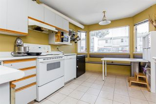 "Photo 4: 5 4957 57 Street in Delta: Hawthorne Townhouse for sale in ""The Oasis"" (Ladner)  : MLS®# R2289084"