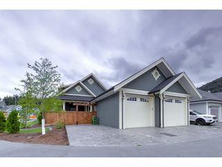 """Photo 19: 44703 ANGLERS Boulevard in Sardis: Vedder S Watson-Promontory House for sale in """"RIVERS EDGE"""" : MLS®# R2296214"""