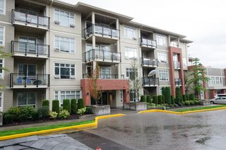 "Photo 1: B305 20211 66 Avenue in Langley: Willoughby Heights Condo for sale in ""Elements"" : MLS®# R2304901"