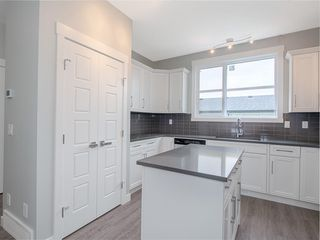 Photo 5: 76 SKYVIEW Circle NE in Calgary: Skyview Ranch Row/Townhouse for sale : MLS®# C4209207