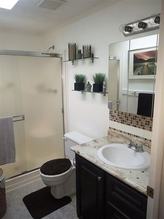 """Photo 13: 98 1840 160 Street in Surrey: King George Corridor Manufactured Home for sale in """"Breakaway Bays"""" (South Surrey White Rock)  : MLS®# R2312911"""