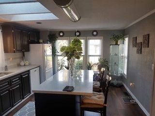 """Photo 3: 98 1840 160 Street in Surrey: King George Corridor Manufactured Home for sale in """"Breakaway Bays"""" (South Surrey White Rock)  : MLS®# R2312911"""