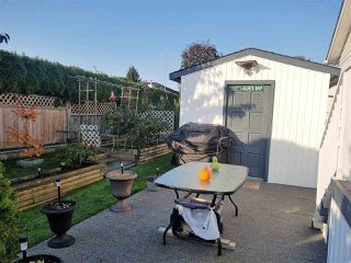 """Photo 18: 98 1840 160 Street in Surrey: King George Corridor Manufactured Home for sale in """"Breakaway Bays"""" (South Surrey White Rock)  : MLS®# R2312911"""