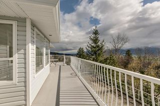 """Photo 12: 2271 MOUNTAIN Drive in Abbotsford: Abbotsford East House for sale in """"Mountain Village"""" : MLS®# R2320034"""