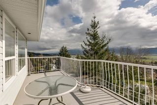 """Photo 7: 2271 MOUNTAIN Drive in Abbotsford: Abbotsford East House for sale in """"Mountain Village"""" : MLS®# R2320034"""