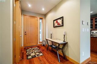 Photo 3: 29 3650 Citadel Place in VICTORIA: Co Latoria Row/Townhouse for sale (Colwood)  : MLS®# 401648