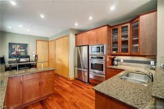 Photo 4: 29 3650 Citadel Place in VICTORIA: Co Latoria Row/Townhouse for sale (Colwood)  : MLS®# 401648