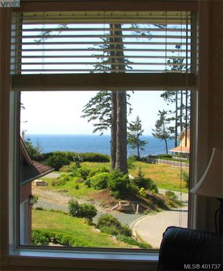 Photo 15: 7209 Austins Place in SOOKE: Sk Whiffin Spit Single Family Detached for sale (Sooke)  : MLS®# 401737