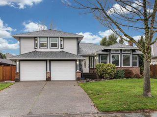 "Photo 1: 6109 185B Street in Surrey: Cloverdale BC House for sale in ""EAGLECREST"" (Cloverdale)  : MLS®# R2325282"