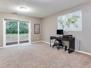 "Photo 12: 6109 185B Street in Surrey: Cloverdale BC House for sale in ""EAGLECREST"" (Cloverdale)  : MLS®# R2325282"