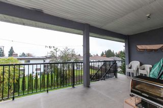 Photo 2: 11895 98 Avenue in Surrey: Royal Heights House for sale (North Surrey)  : MLS®# R2332673