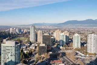 "Photo 12: 3907 4670 ASSEMBLY Way in Burnaby: Metrotown Condo for sale in ""STATION SQUARE 2"" (Burnaby South)  : MLS®# R2332808"