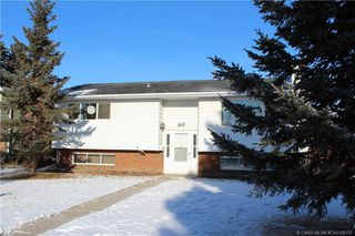 Main Photo: 60 Oliver Street in Red Deer: RR Oriole Park Residential for sale : MLS®# CA0158135