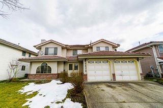 """Main Photo: 6670 124 Street in Surrey: West Newton House for sale in """"WEST NEWTON"""" : MLS®# R2343777"""