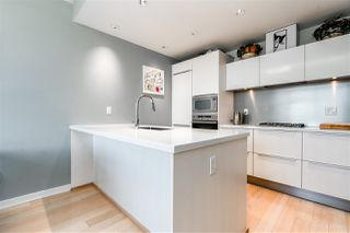 "Photo 5: 703 181 W 1ST Avenue in Vancouver: False Creek Condo for sale in ""BROOK"" (Vancouver West)  : MLS®# R2345420"