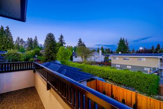 Photo 20: 825 LILLIAN Street in Coquitlam: Harbour Chines House for sale : MLS®# R2354674