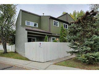 Photo 2: 144 Kaskitayo CT in Edmonton: Zone 16 Townhouse for sale : MLS®# E4151800