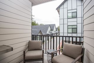 """Photo 18: 24 2427 164 Street in Surrey: Grandview Surrey Townhouse for sale in """"THE SMITH"""" (South Surrey White Rock)  : MLS®# R2360019"""