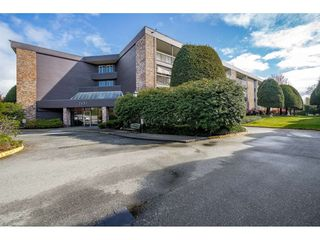 "Main Photo: 220 7631 STEVESTON Highway in Richmond: Broadmoor Condo for sale in ""Admirals Walk"" : MLS®# R2360958"