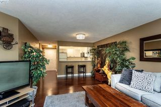 Photo 14: 206 1025 Meares Street in VICTORIA: Vi Downtown Condo Apartment for sale (Victoria)  : MLS®# 410962