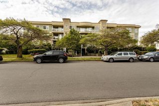 Photo 4: 206 1025 Meares St in VICTORIA: Vi Downtown Condo for sale (Victoria)  : MLS®# 814755