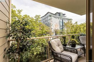 Photo 11: 206 1025 Meares St in VICTORIA: Vi Downtown Condo for sale (Victoria)  : MLS®# 814755