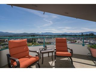 "Photo 18: 1403 32440 SIMON Avenue in Abbotsford: Abbotsford West Condo for sale in ""Trethewey Towers"" : MLS®# R2371199"