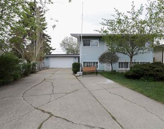 Main Photo: 13240 93 Street in Edmonton: Zone 02 House for sale : MLS®# E4158046