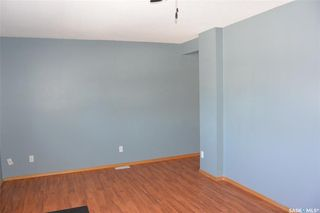 Photo 3: 421 Young Street in Bienfait: Residential for sale : MLS®# SK777243