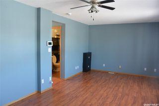 Photo 2: 421 Young Street in Bienfait: Residential for sale : MLS®# SK777243
