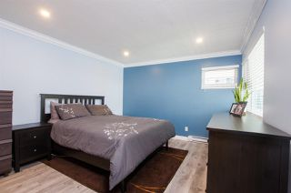 "Photo 12: 219 4889 53 Street in Delta: Hawthorne Condo for sale in ""GREEN GABLES"" (Ladner)  : MLS®# R2382321"