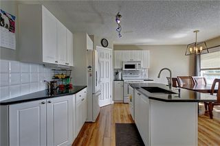 Photo 5: 255 CHAPALINA Place SE in Calgary: Chaparral Detached for sale : MLS®# C4253345