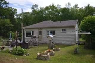 Photo 4: 149 Campbell Beach Road in Kawartha Lakes: Kirkfield House (Bungalow) for sale : MLS®# X4542365